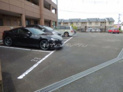 【駐車場】ルナフィット
