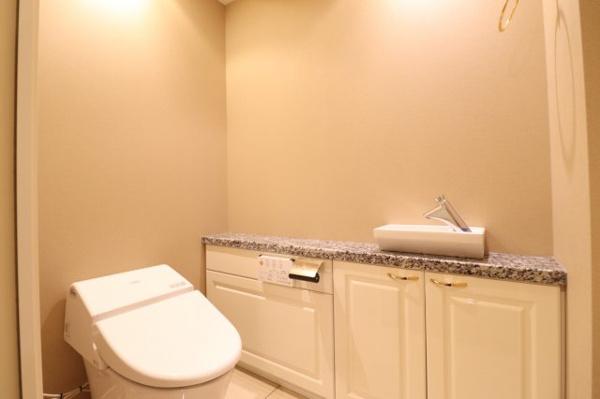 【トイレ】手洗いボウル付きカウンター有♪