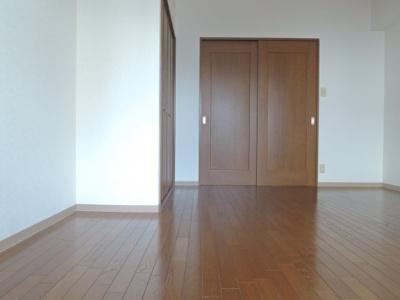【寝室】レスポアール紺屋