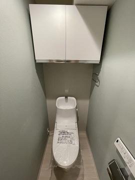 清潔感のあるトイレです 温水洗浄機付き