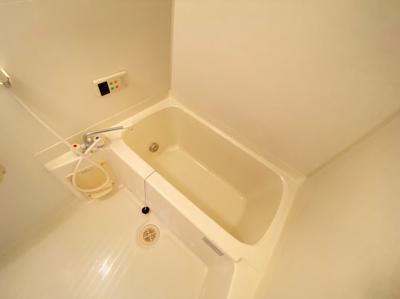 【浴室】カーサラベーテ