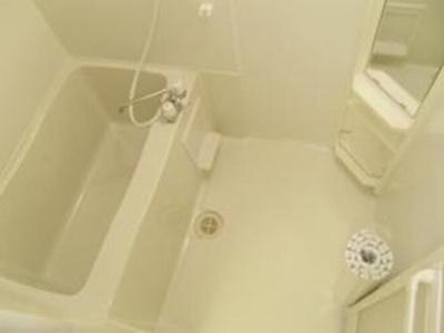 【浴室】マイ・ピエス・ヒロ