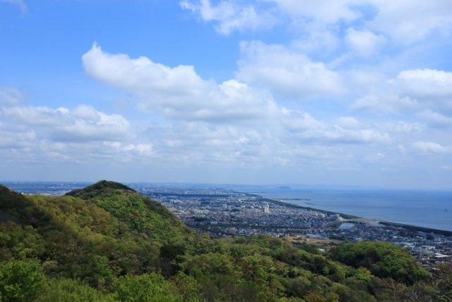 平塚の街並み。海、山、川があり自然環境にも恵まれ都心へのアクセスも良好です!