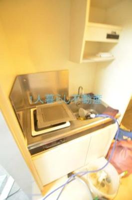 キッチンは人気のガスコンロです。