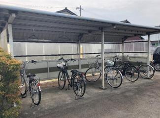 【駐輪場】富山県高岡市守護町2丁目一棟マンション