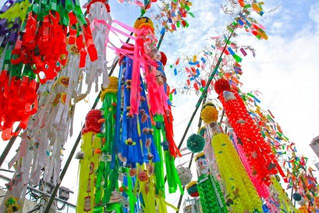 毎年、平塚では七夕祭りが開催され多くの人々が訪れる人気のイベントもあります。(※今年はコロナの為開催されていません。)