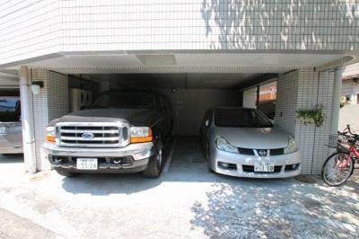 サンクレスト駐車場
