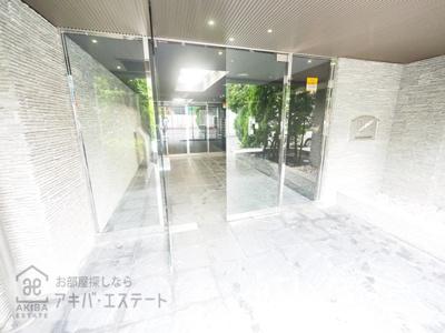 【エントランス】プレール・ドゥーク秋葉原Ⅱ