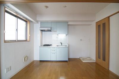 お料理しやすいキッチンです ※302号室(同間取り)の写真です