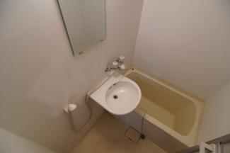 きれいなお風呂です ※302号室(同間取り)の写真です