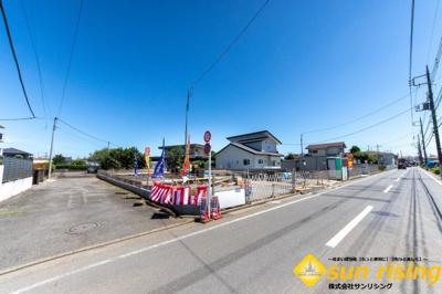 【前面道路含む現地写真】立川西砂町2丁目 新築戸建 全4棟 D号棟