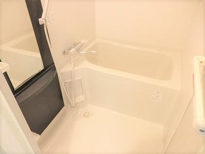 【浴室】ラシュレエグゼ天王寺
