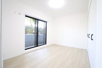 明るい洋室です:リフォーム完了済♪三郷新築ナビで検索♪