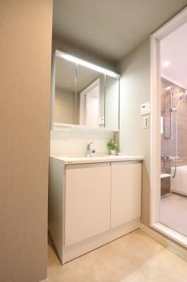 使いやすい独立洗面台です:リフォーム完了済♪三郷新築ナビで検索♪