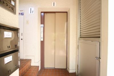 エビハラビル 1F共用部分 エレベータあります (株)メイワ・エステートへお問い合わせください。