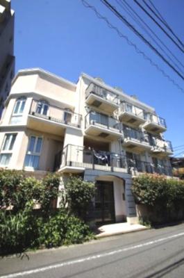 東急多摩川線「矢口渡」駅より徒歩9分のマンションです