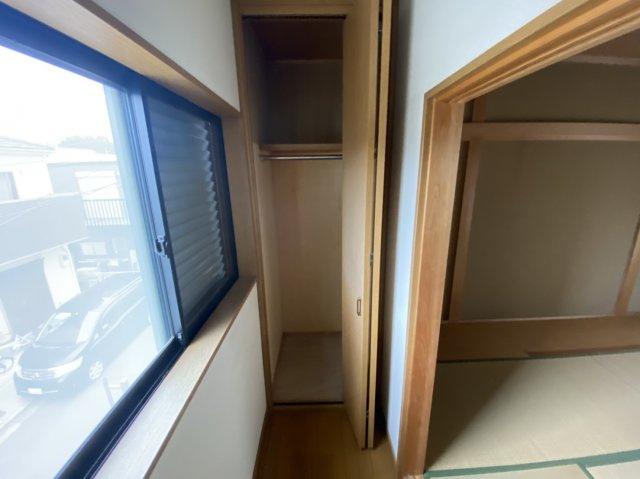 2階奥の収納スペース