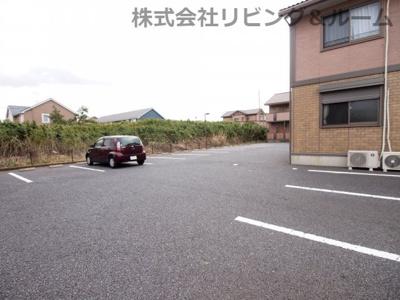 【駐車場】グランディア・A棟