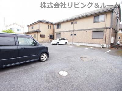 【駐車場】コンフォール・オリエ C棟