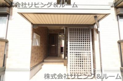【玄関】コンフォール・オリエ C棟