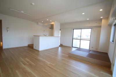 【キッチン】サングレイスかしわ台壱番館 最上階5階 3LDK〈リフォーム済みマンション〉