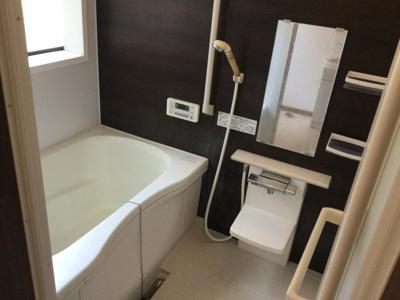 【浴室】笛吹市石和町市部中古住宅