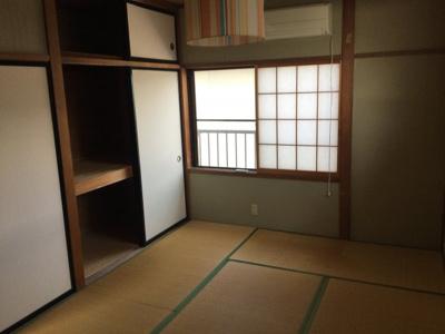 2階和室収納。