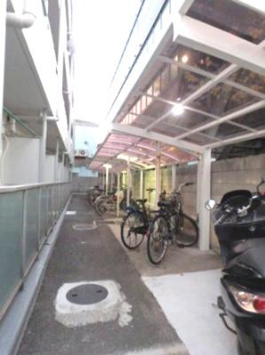 「駐輪スペースあります」