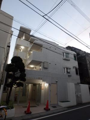 京急本線「梅屋敷」駅より徒歩5分のマンションです