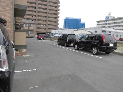 【駐車場】メゾン・ヴェール