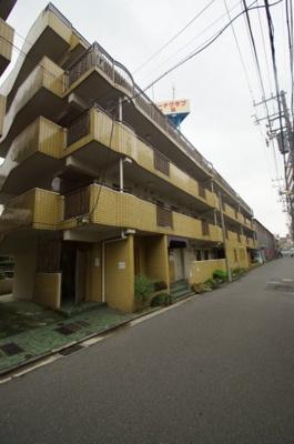 京急線「神奈川新町」駅徒歩3分です