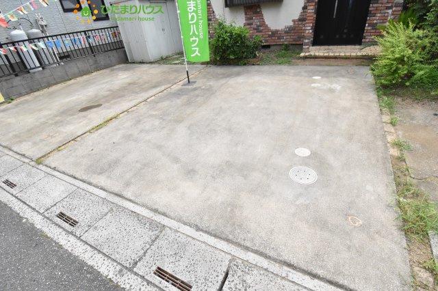 【駐車場】伊奈町本町1丁目 中古一戸建て