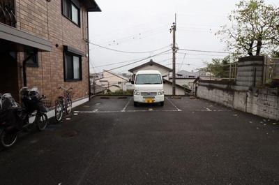 【駐車場】シャルマンコート