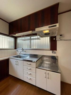 【キッチン】歌敷山1丁目貸家