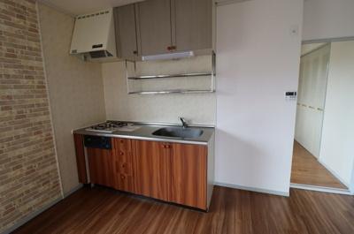 【キッチン】サンVパーク7