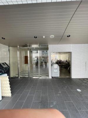 【エントランス】リアライズ花園駅前