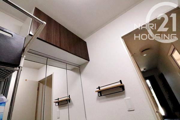 洗面台上部には収納が付いています!