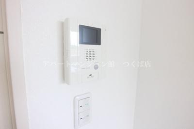 オートロック&TVモニター付インターホン完備で防犯面に配慮♪