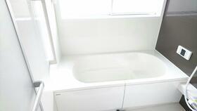 お風呂も取り換えており綺麗になってます。