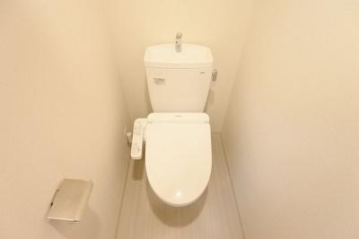 【トイレ】プレサンス大手前ピリオド