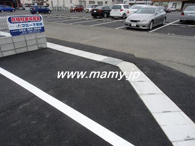 九の城町駐車場I