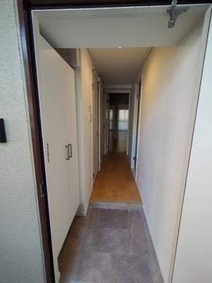 玄関には、シューズボックス備えつけです。 玄関がスッキリ片付きますね♪