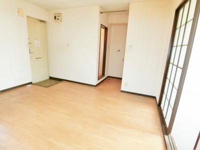 【居間・リビング】シンフォニア八街