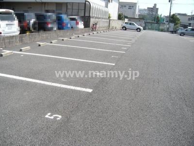西浦2丁目駐車場S