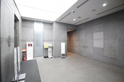 【エントランス】三井神戸ビル