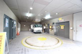【駐車場】三井神戸ビル