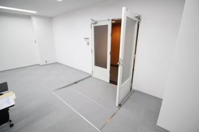 【玄関】三井神戸ビル