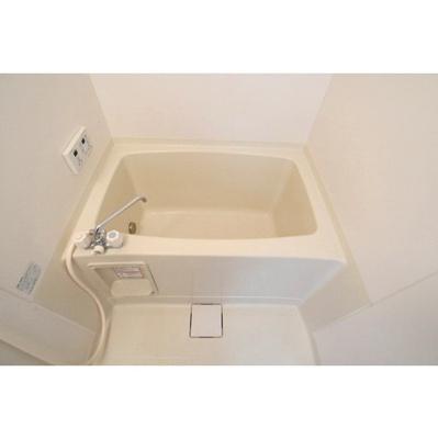 【浴室】SurplusローデアプレイスA