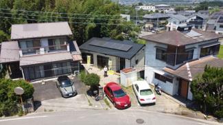 太陽光発電システム付きの再生住宅です。