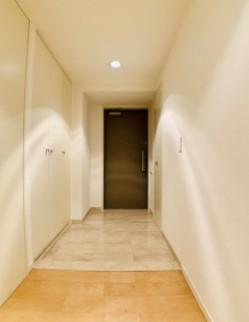 【玄関】アパートメンツ東山